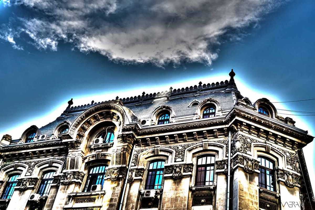 Bucharest in 17 photos & 8 songs
