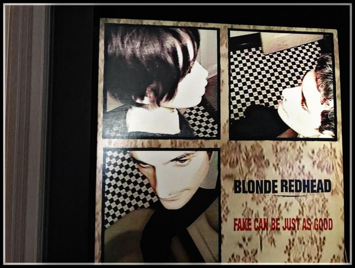 Blonde Redhead - Fake Can Be Just As Good (Touch And Go Records, 1997)